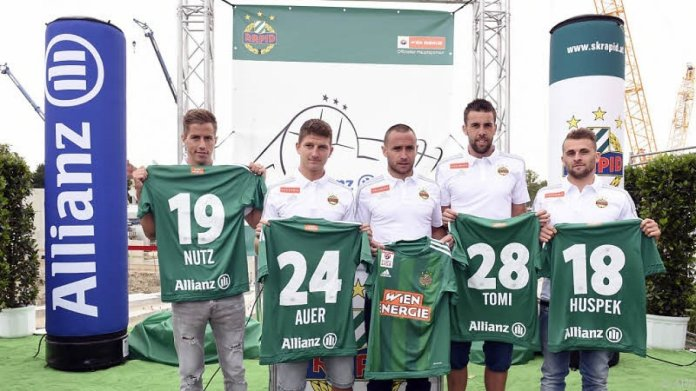 Nutz (left) alongside other Rapid Wien signings (picture courtesy of APA/HERBERT P. OCZERET)