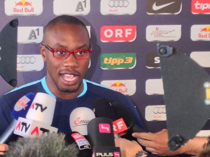 Yabo speaks to journalists at a Salzburg press (picture courtesy of skysportaustria.at)